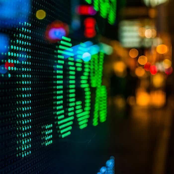Izvedeni finančni instrumenti v praksi